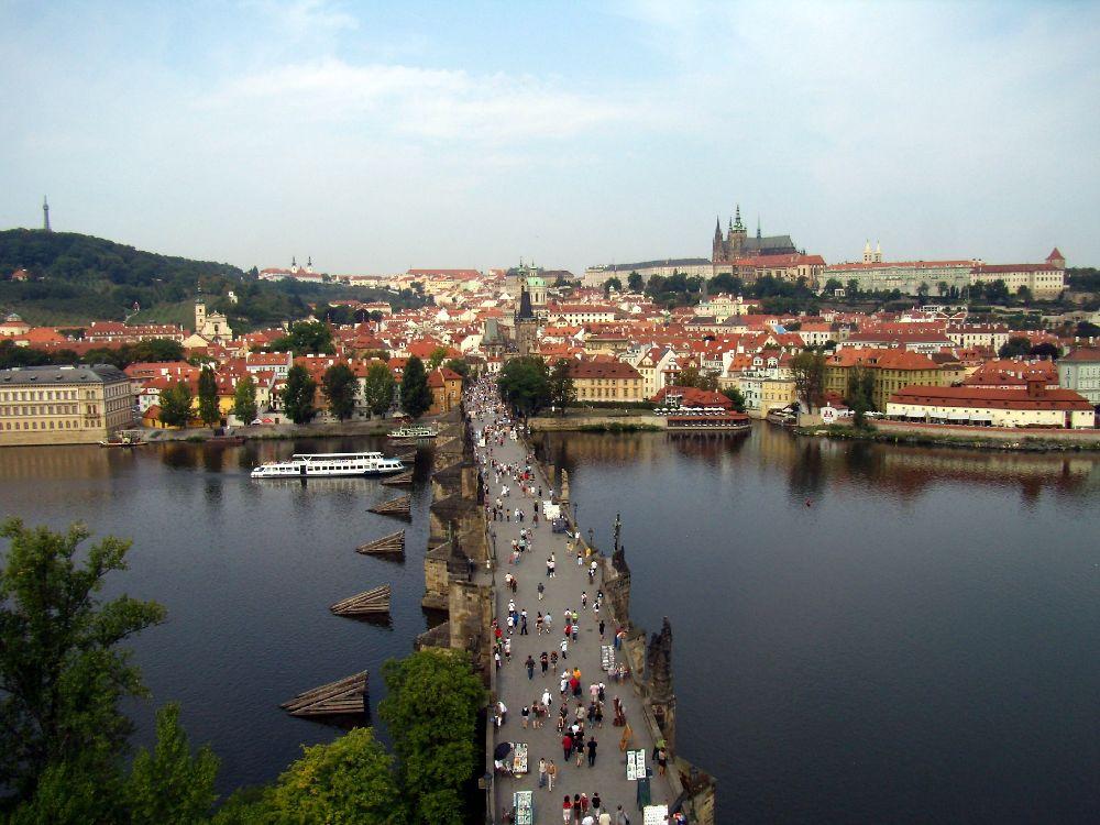 La vista dalla torre del ponte dalla parte della Città Vecchia